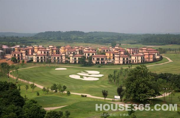 南京太阳岛高尔夫球场半山
