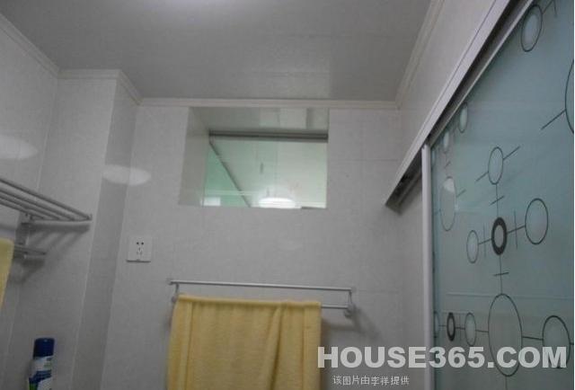 南京林业大学的宿舍情况怎么样 每个宿舍有单独的卫生间么