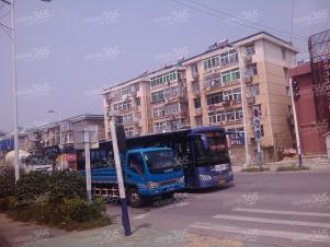 卫楼新村,环境好,交通方便,购物便利,家电齐全,