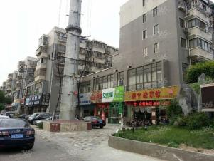 壹城东区大套三房 位置很好