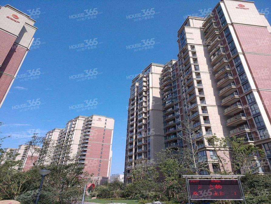 名城世家2室2厅1卫85.56平方产权房豪华装