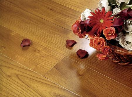 木地板长顽固污渍处理小妙招